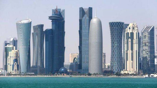 Emiratos Árabes Unidos dieron a los diplomáticos qataríes 48 horas para abandonar el país.