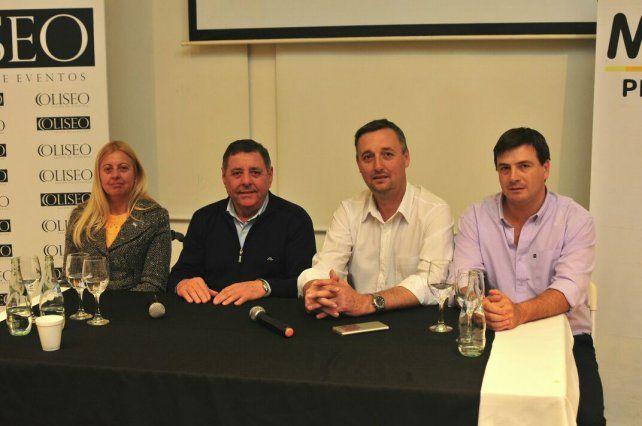 Alfredo de Ángeli estuvo al frente de la reunión en Paraná.