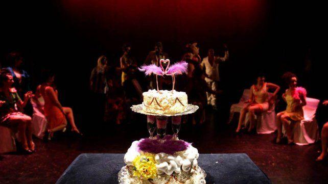 Escena. Una visión crítica del ritual tradicional del casamiento a través de la parodia.