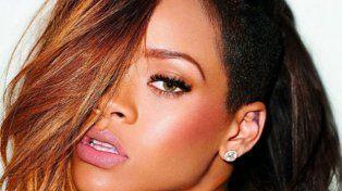 La venganza de Rihanna contra el bloggero que la llamó gorda