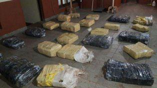 Prefectura secuestró más de media tonelada de marihuana