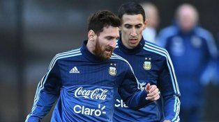 Messi juega ante Brasil y se vuelve por su casamiento