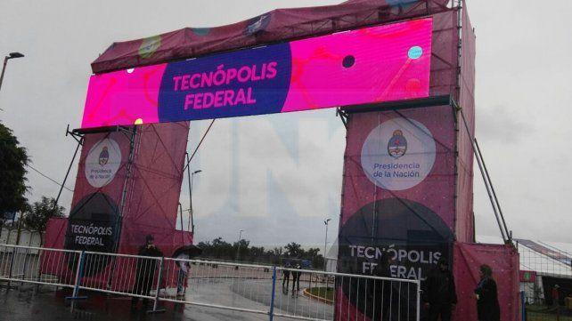 La lluvia no frena Tecnópolis Federal