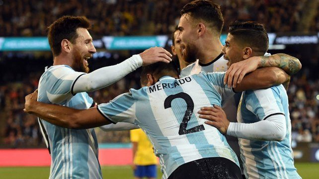 Argentina derrotó a Brasil en el debut de Sampaoli