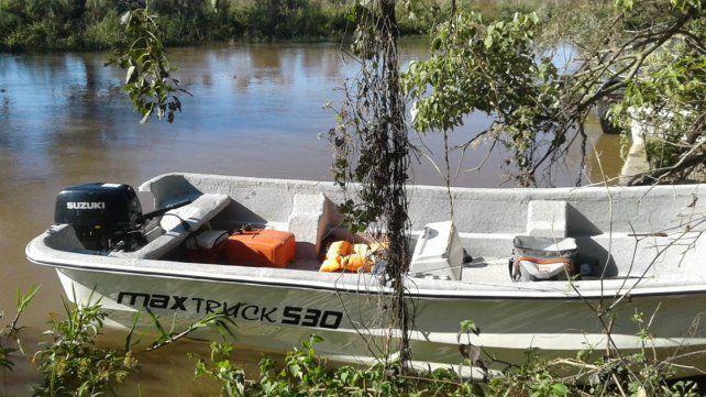Embarcados. Los cazadores furtivos llegaron en una lancha.