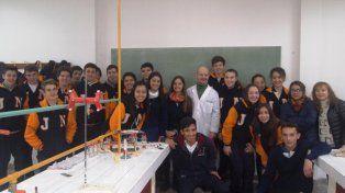 Los laboratorios se llenaron de estudiantes.