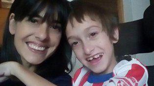 La historia de un niño con cuadriplejia cuya pensión por discapacidad fue suspendida