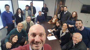 Despedida. El exministro De la Rosa publicó una selfie en su Facebook. Agradeció a su equipo de trabajo