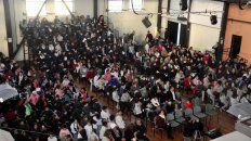 Presentación. La Vieja Usina estuvo repleta de alumnos y docentes de escuelas primarias.
