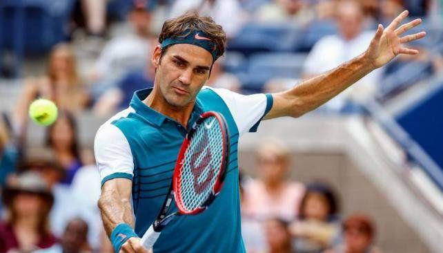 Federer reapareció con una derrota inesperada