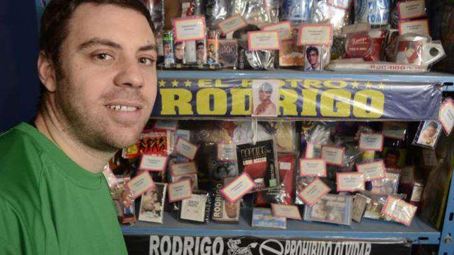 Damián Cotarelo con su colección