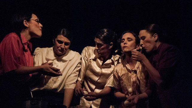 Abordaje. La obra trata el universo femenino en el tango con una fuerte dosis de humor.