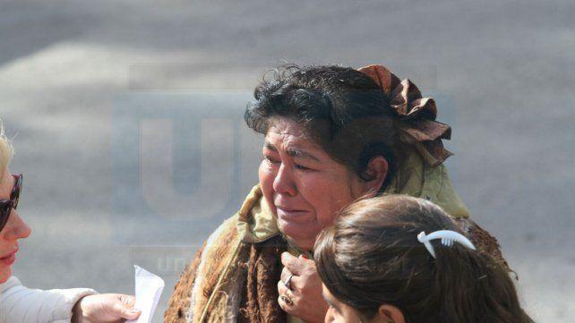 Entre la angustia y el desconcierto la familia desalojada espera ayuda