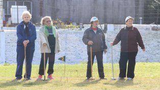 En el club Don Bosco se juntan para llevar adelante la actividad junto al profesor