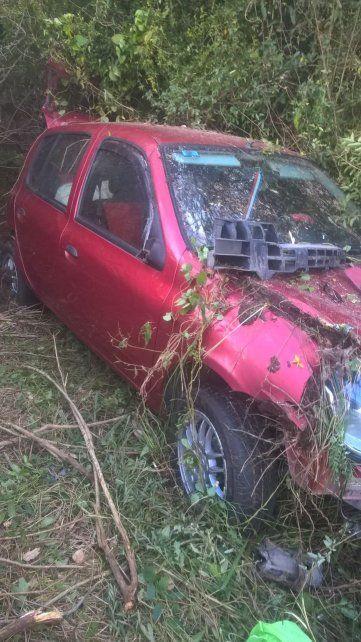 Se le reventó un neumático y derrapó sobre la autovía