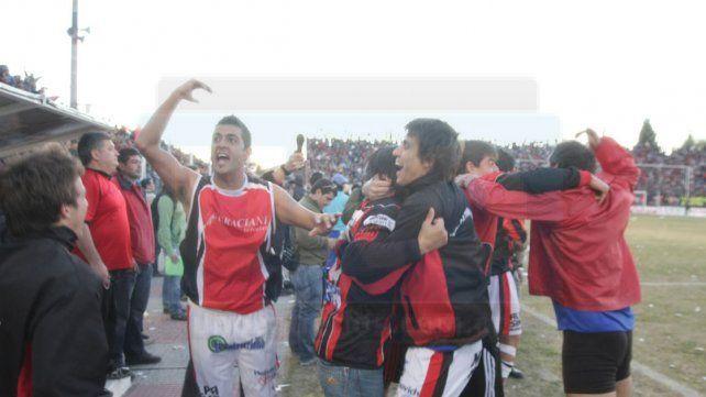 ASCENSO. Un día como hoy de 2008 Patronato vencía a Central Córdoba con gol de Cristian Díaz y ascendía al Torneo Argentino A.