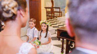 Los mellis llevaron los anillos en el casamiento de su tía