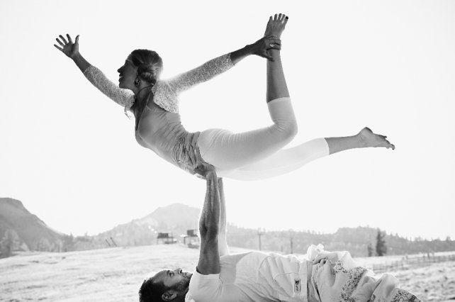 Los 7 beneficios de practicar Acroyoga