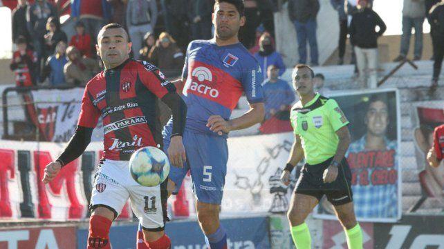 Telechea fue uno de los que habló tras la derrota ante Tigre.