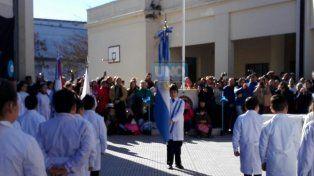 Promesas de lealtad, actos y actividades por el Día de la Bandera