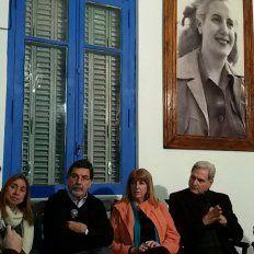 El ministro respondió las preguntas del periodista Carlos Matteoda. Foto Twitter Todos por la Educación Entre Ríos.