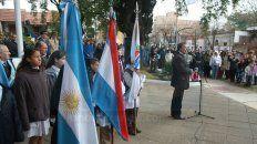 el acto oficial por el dia de la bandera se realizo en la plaza 1º de mayo