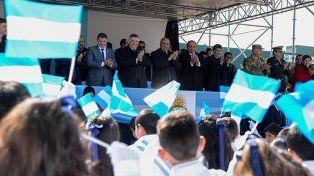 En homenaje a San Martín, el creador de la bandera