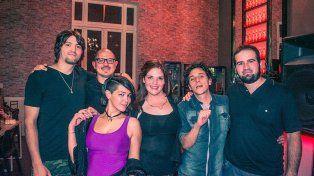 Estilo. La banda adapta los temas de acuerdo a las influencias musicales de sus integrantes.