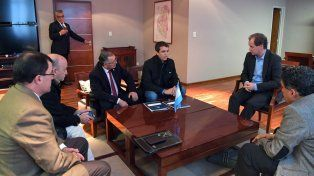 Evaluación. El gobernador se reunió con Cresto y Cecco.