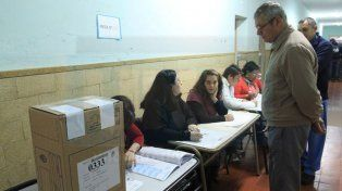 Se definen en todo el país las listas de precandidatos nacionales y siete provinciales