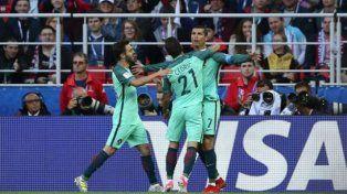 Portugal goleó y se metió en semifinales