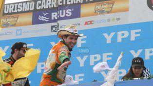 Pincho Castello condujo La Naranja Mecánica al triunfo para el delirio de los hincha de Dodge. Foto UNO Diego Arias.