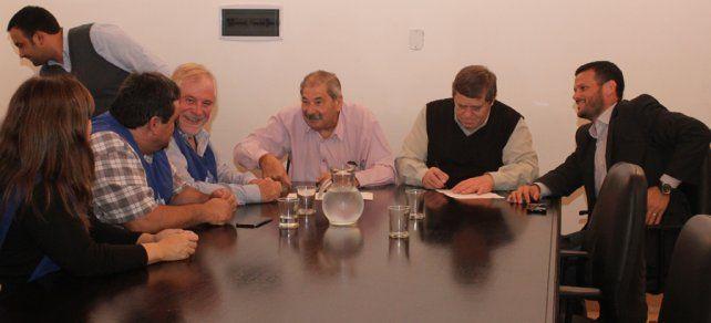 La reunión de hoy en donde se firmó el acuerdo.