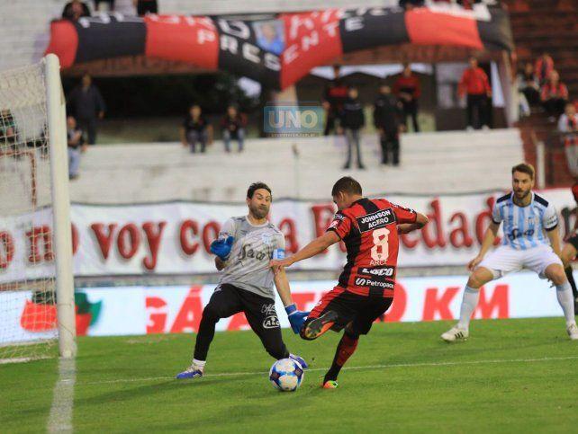 Arce marcó el empate de Patronato. Foto UNO Diego Arias.