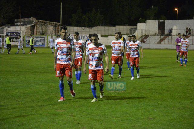 Se fueron al descanso empatando sin goles. Foto UNO Mateo Oviedo.