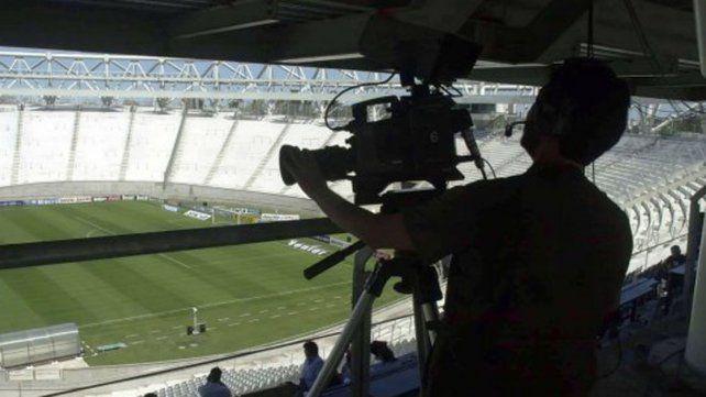 ¿Cuáles son los canales por los que se verá el fútbol de Primera a partir de agosto?