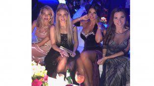 Las redes sociales, despiadadas contra el look de Shakira en el casamiento del año