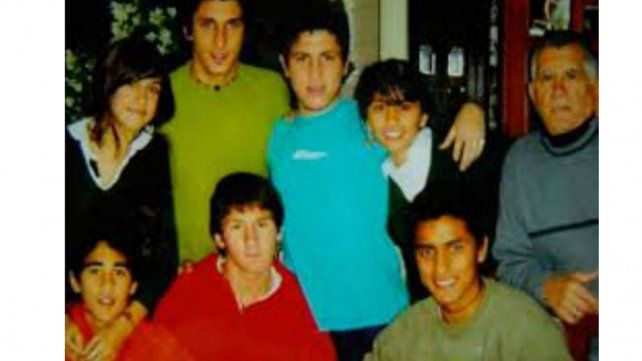 Barrio. La pareja con sus amigos de Rosario