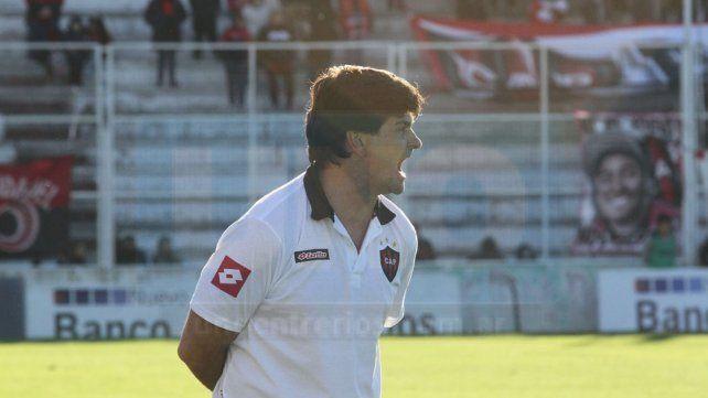 Forestello dejó a Patronato en Primera División y este jueves aregló su llegada a Olimpo de Bahía Blanca