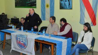 Busti. El exgobernador elogió la postura de Gustavo Bordet.