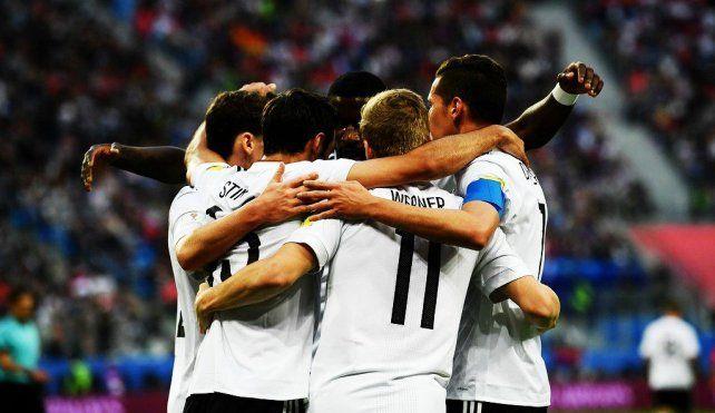 Alemania aprovechó un error de Chile y como es habitual ganó otra final