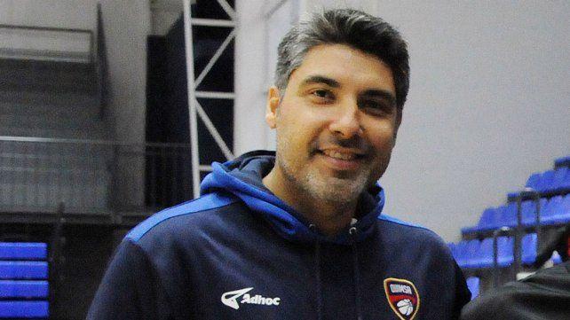 Su paso anterior en la LNB se dio como asistente de Silvio Santander en Quimsa de Santiago del Estero.