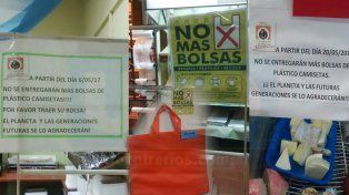 La prohibición de las bolsas plásticas no biodegradables ya tiene fecha en Paraná