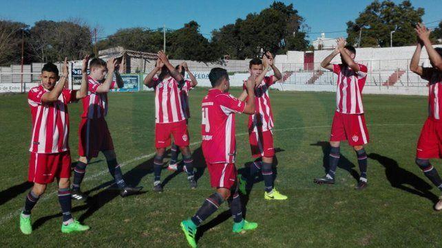 El domingo cerraron la primera ronda de la Liga Paranaense con una victoria por 1 a 0 ante Instituto. Foto UNO