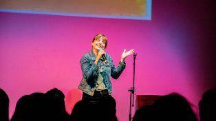 Cupo femenino. Eva Cabrera cosecha calurosos aplausos en cada una de sus presentaciones.
