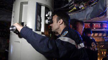 asi aborda un submarino un jefe de estado