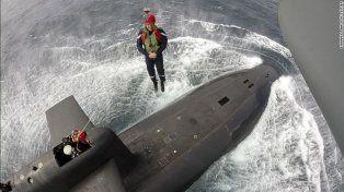Así aborda un submarino un jefe de Estado