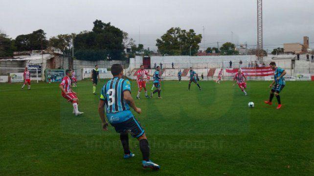 Atlético Paraná volvió a la victoria en uno de sus últimos partidos en la B Nacional