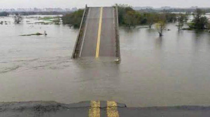 Hallaron un cuerpo y sería del hombre que cayó del puente sobre arroyo Guazú