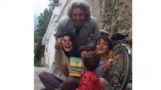 La vida nómade de una familia argentina que hace 10 años recorre el mundo
